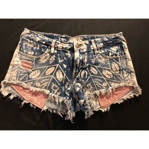 Free People Red White and Boue shorts